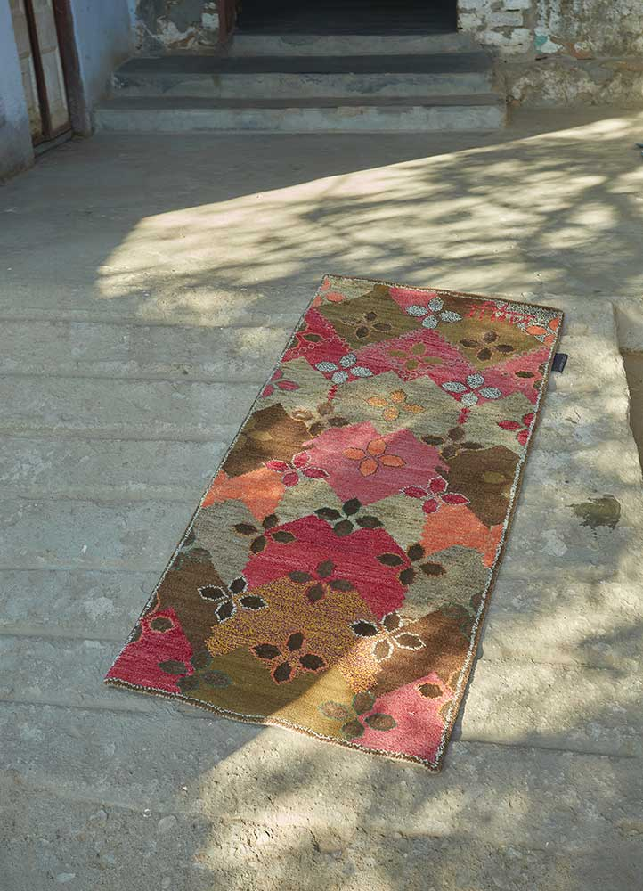 artisan originals beige and brown wool and bamboo silk hand knotted Rug - Loom