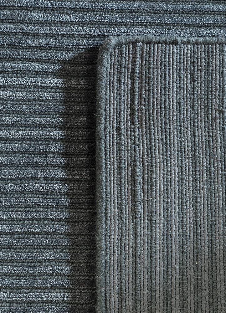 basis grey and black wool and viscose hand loom Rug - Perspective