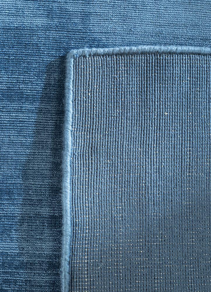 yasmin blue viscose hand loom Rug - Perspective