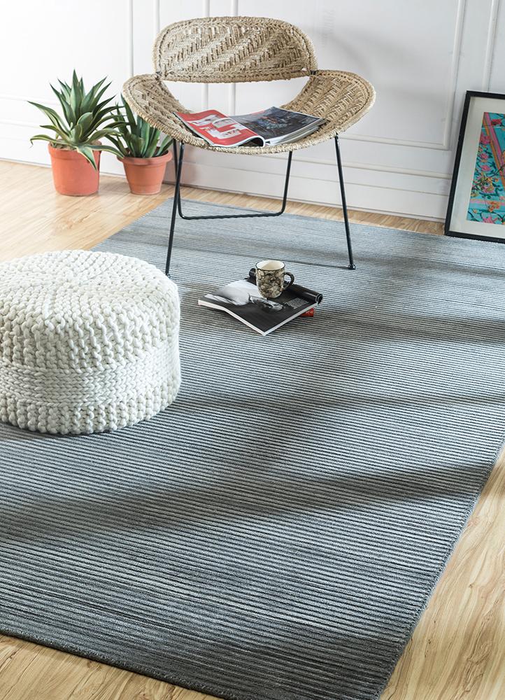 basis grey and black wool and viscose hand loom Rug - RoomScene
