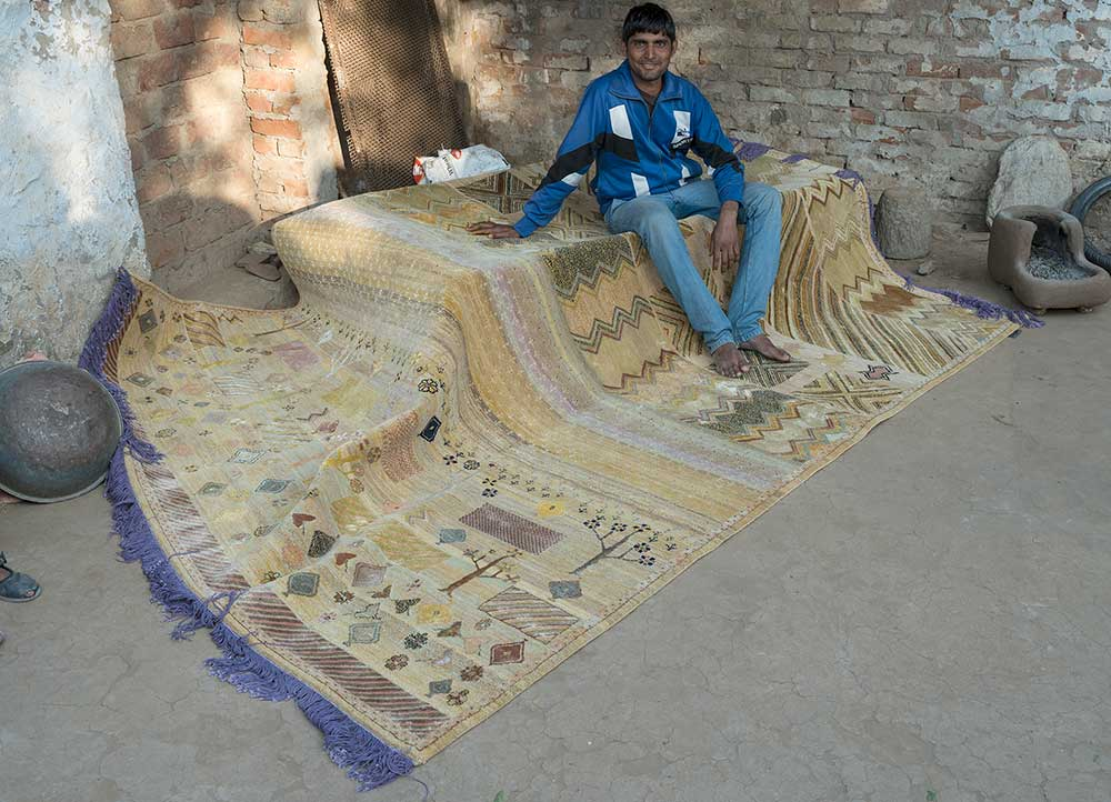 artisan originals gold wool and bamboo silk hand knotted Rug - RoomScene
