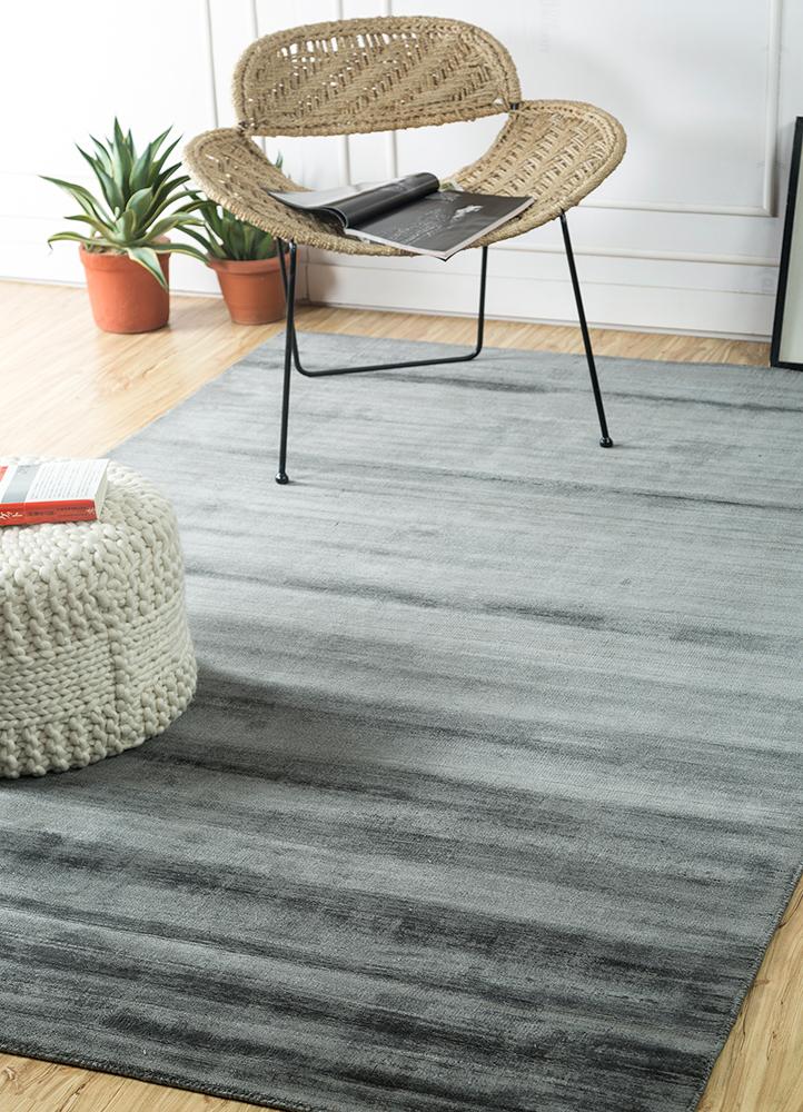 yasmin grey and black viscose hand loom Rug - RoomScene